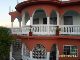 beautiful well equiped  1 bedroom apartements, Negril
