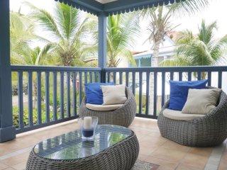 Cote Zen, beautiful beach house sea view beach front, pool