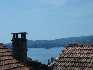 ROCCETTA FIORITA : CASE IN AFFITTO PER vacanze vicino a Orta San Giulio