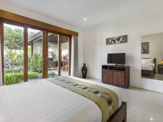 SEMINYAK Villa Bunga Neil - 3 Bedrooms - Seminyak