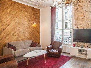 Paris le Marais, Amazing Duplex for 6...