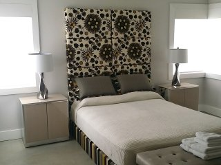 Nice room with private bathroom in a quite house, Miami Springs