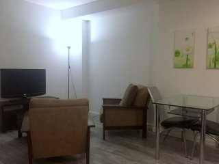 Fantastic 2 Bedroom, 1 Bathroom Apartment in New York, Weehawken