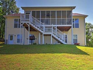 3BR Greensboro House on Lake Oconee w/Private Dock