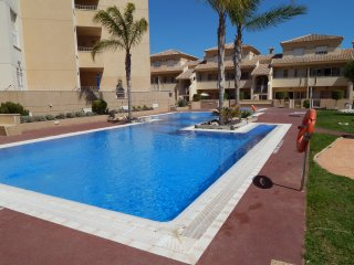3 Bedroom Townhouse with Roof Terrace on Albatros, Los Alcázares