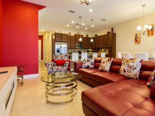SPECIAL PRICE Brand New 4 Bed Home at Festival Resort With Private Pool!