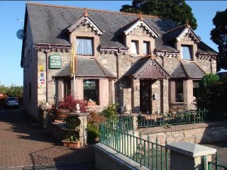 Acorn Guest House Triple Room, Inverness