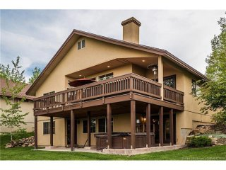 The Canyons - Sleeps 12, 2 Living Areas, Hot Tub, Park City
