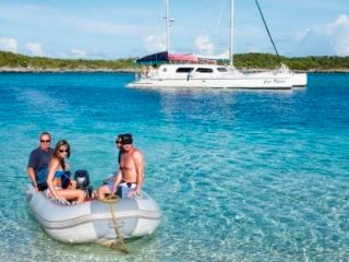 Cat Ppalu Private Yacht Charter to Exuma Cays, Nassau