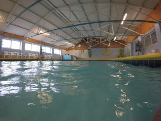 Chalet with seasonal indoor pool, near Rhossili, Gower Peninsula., Swansea County