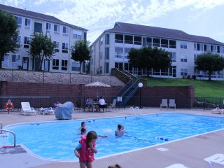 Branson Condo | Thousand Hills | Pool | 76 Strip | Golf Views | Branson Shows