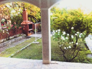 Villa Magnolia, Kozino