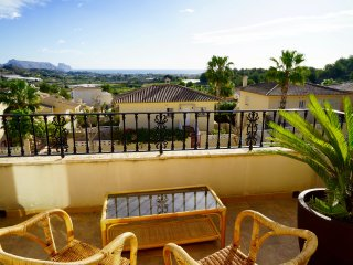 House with Stunning Ocean Views + Private Pool !!, Altea