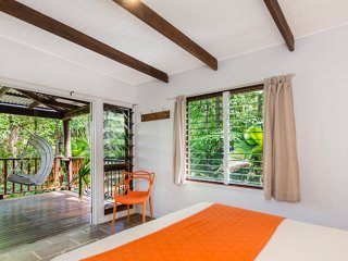 Villa Zena - hire 2 bedrooms, Cape Tribulation