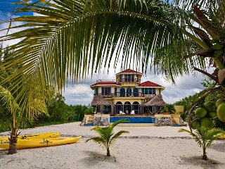 VILLA YAKALIL- 5 BR with (10 Beds) - for 16 guests, Cozumel
