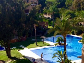 3 Bed Apartment with Pool 400m to Beach, El Puerto de Santa María