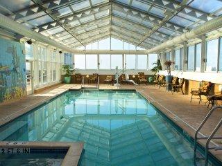 Skyline Tower Resort 1 bedroom on the boardwalk w/ indoor pool and hot tub