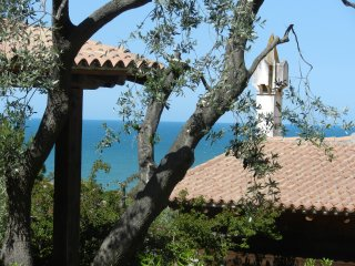 Molino di Mare- cosy cottage overlooking the sea, Rodi Garganico