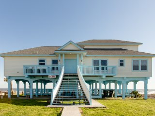 Kahala Beach Front Delight ~ RA65845, Galveston