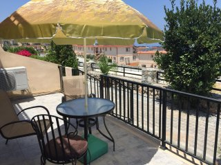 Cute 2+1 flat/ swimming pool in 10 m, Kyrenia