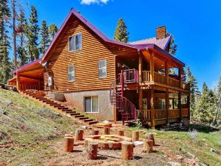 Empty Saddle - 6 bedrooms / 3.5 baths, Duck Creek Village
