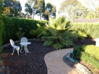 Bluebell Bed & Breakfast Accommodation, Melbourne
