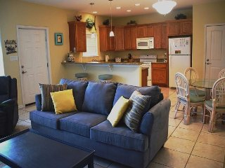 112CDR - Enchanting costal cutie 2 bedroom 2 bath  Sleeps 6