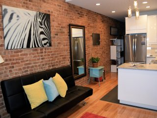 SUPERB   2BR APARTMENT  NEAR TIMES SQUARE, New York Mills