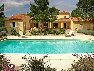 3 bedroom Villa in Carpentras, Provence, France : ref 2008263, Mazan