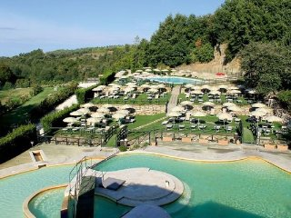 3 bedroom Apartment in Sorano, Maremma, Tuscany, Italy : ref 2096499
