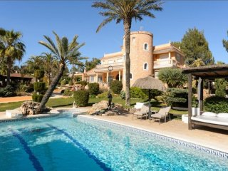 Villa in Santa Eulalia Del Rio, Sta. Gertrudis De Fruitera, Baleares, Ibiza, Santa Eulalia del Rio