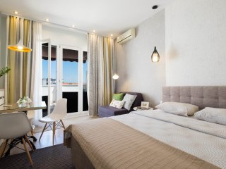 Luxury Studio Bah with huge terrace → CITY & KNEZ MIHAILOVA VIEW, Belgrade