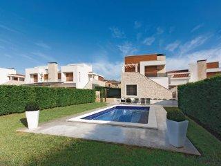 3 bedroom Villa in Porec-Vabriga, Porec, Croatia : ref 2219521, Tar