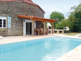 6 bedroom Villa in Tasque, Gers, France : ref 2221127