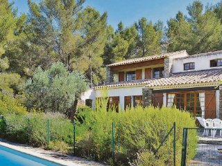4 bedroom Villa in Le Beausset, Var, France : ref 2221038