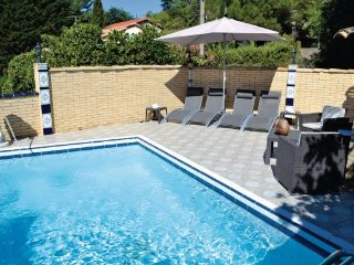 5 bedroom Villa in Sete, Herault, France : ref 2221441, Balaruc-les-Bains