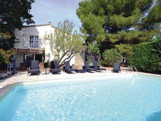 3 bedroom Villa in L Isle sur la Sorgue, Vaucluse, France : ref 2221211, Saumane-de-Vaucluse