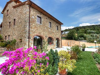 5 bedroom Villa in Civitella in Val di Chiana, Tuscany, Italy : ref 5060418