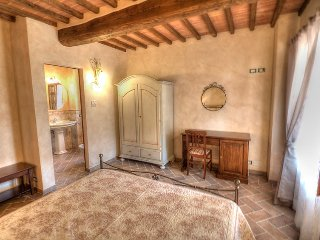 5 bedroom Villa in Civitella in val di Chiana, Arezzo, Italy : ref 2235768