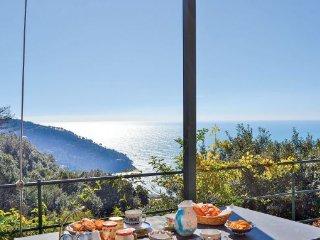 3 bedroom Villa in Bonassola- Le Cinque Terre, Cinque Terre, Italy : ref 2239344