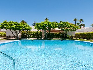 3 bedroom Apartment in Maspalomas, Gran Canaria, Canary Islands : ref 2242111, Meloneras