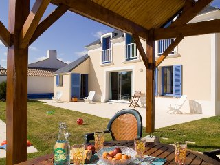 4 bedroom Villa in St Jean De Monts, Vendee, France : ref 2255460