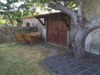 Casa Rural con finca cerrada, asador exterior, Tomiño