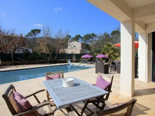 3 bedroom Villa in Le Thoronet, Provence, France : ref 2255517