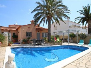 Villa in Miami Playa, Costa Dorada, Spain, Miami Platja