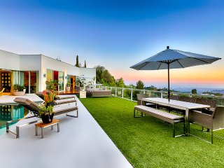 Beverly Hills Modern Summit