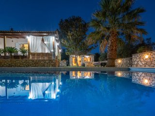 Eleonas 4-bedroom villa with Private Pool