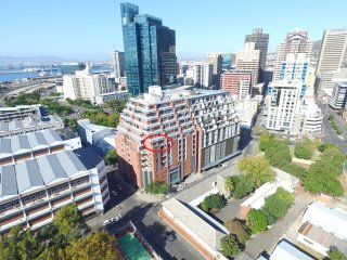 Metropolis Apartment - Luxurious One Bedroom, Cape Town Central