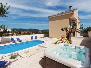 5 bedroom Villa in Biograd-Drage, Biograd, Croatia : ref 2278080