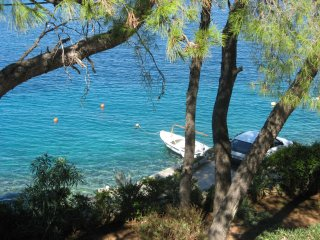Just by the sea - 10 m - apartment on island, Rogac